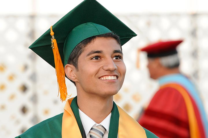 Cabrillo student looks towards the horizon