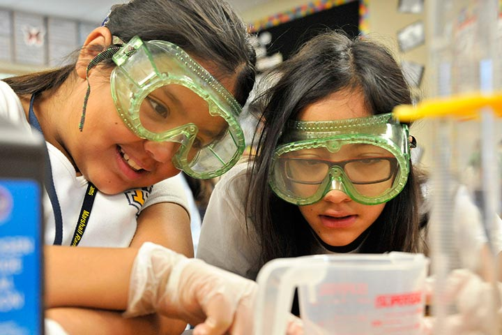 Middle school students in chemistry lab