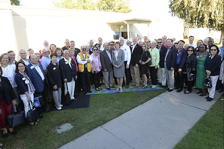 International Lions Club Members group photo at Grant CDC