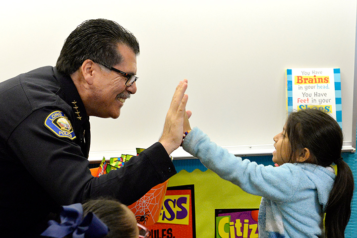 Chief Luna visits students at Oropeza Elementary School