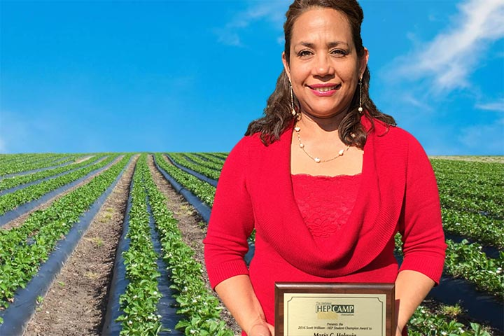 Photo - Migrant Ed Parent Wins National Honor