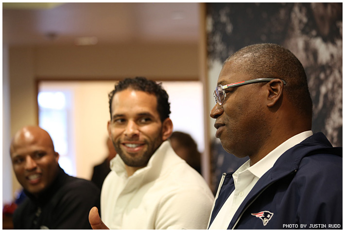 Photo - Former NFL Greats Lunch with Students