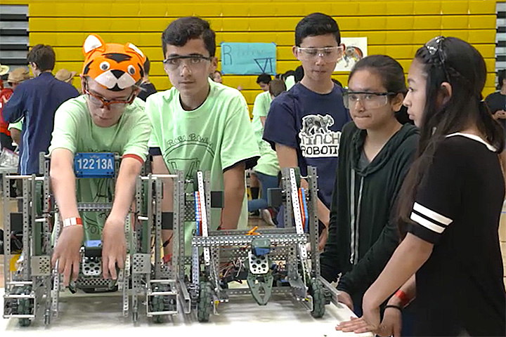 Tincher robotics students