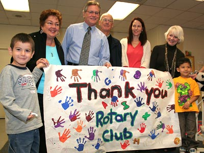 Photo - Students Thank Rotary for Books