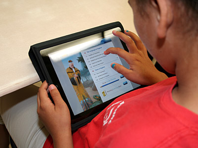 Photo - LBUSD Pilots iPad Algebra App